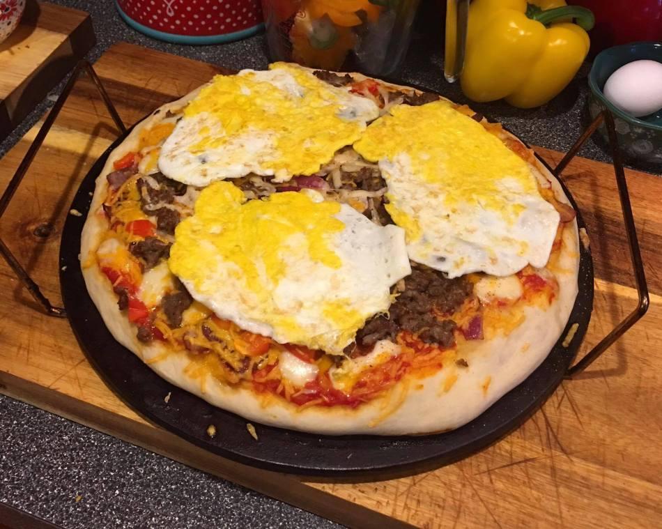 16-breakfast-pizza