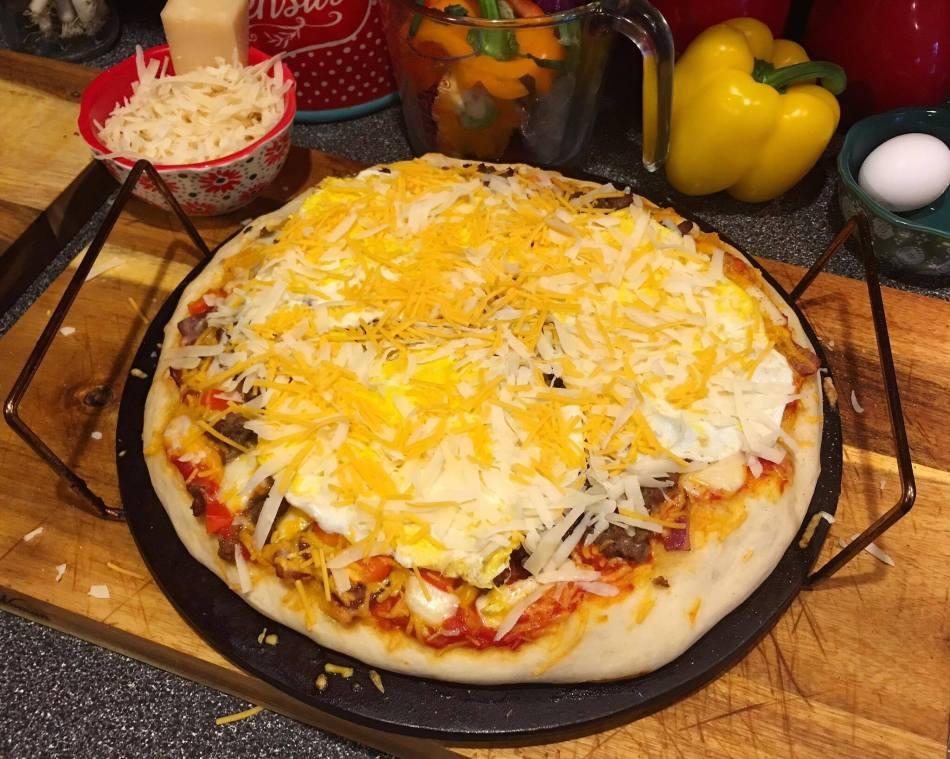 17-breakfast-pizza
