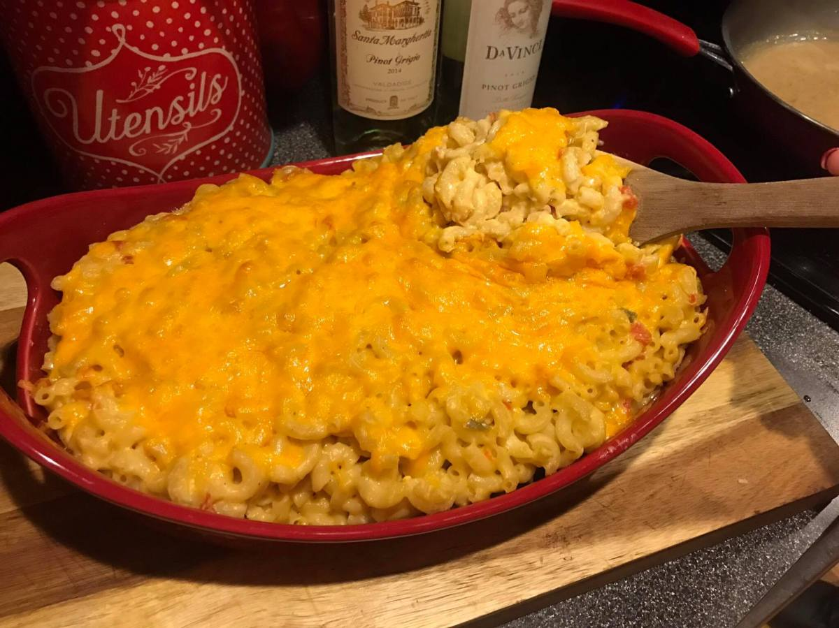 Creamy yet Spicy Macaroni and Cheese